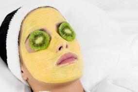 Маска из желтков яиц для лица