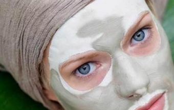 Глиняная маска для лица от прыщей