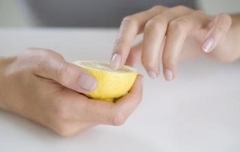 Лимонные маски и ванночки для укрепления ногтей